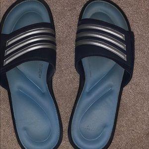 Size 10 adidas sandals
